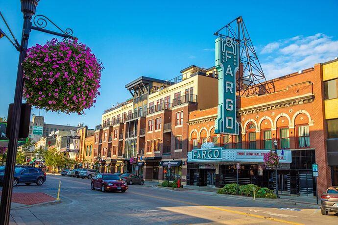 Downtown-Fargo-Theatre_Spring