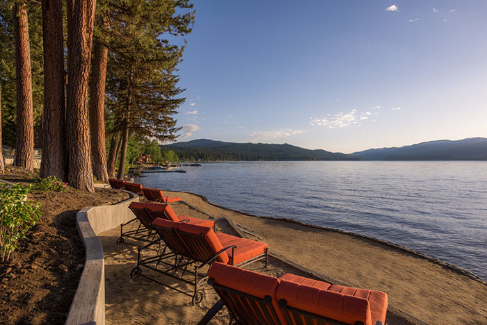 Payette-Lake2C-McCall-Idaho2C-Whitetail-Club2C-Mountain-Living-magazine